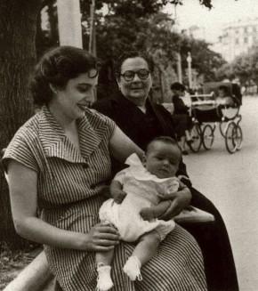juanito-con-mama-y-la-abuela-corregida1